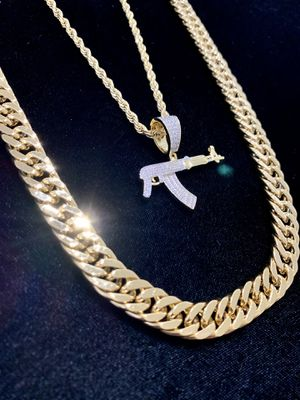 NEW AK 47 PENDANT FULL DIAMONDS CZ 18K GOLD CHAIN MADE IN ITALY for Sale in North Bay Village, FL