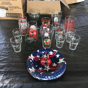 Coca Cola Glasses N 7 Plastic Plates! for Sale in Long Beach, CA
