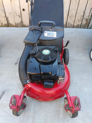 Snapper push lawn mower work great for Sale in Colton, CA