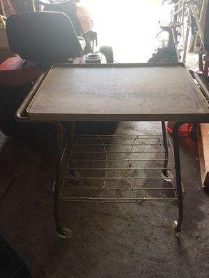 Rolling TV work cart for Sale in Fulton, MO