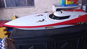 Rc boat as is for Sale in March Air Reserve Base, CA
