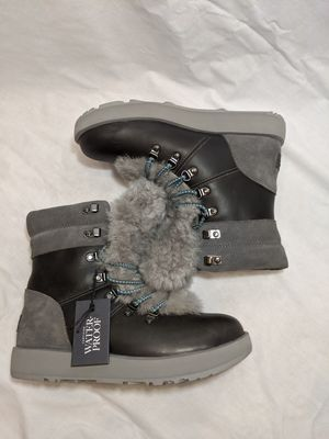 Womens size 7 UGGs winter boots throw offers for Sale in Manchester, MO
