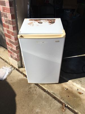 Mini fridge for Sale in Fort Worth, TX