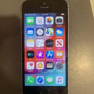 Iphone 5S 16G Att $50 for Sale in St. Peters, MO