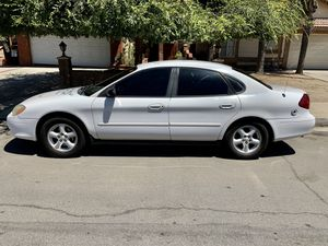 2002 Ford Taurus for Sale in Perris, CA