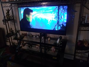 50 inch roku tv for Sale in Tacoma, WA