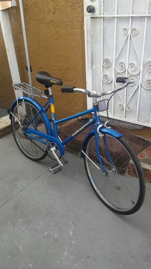 "24"" Schwinn Collegiate Womans Road Bike for Sale in Los Angeles, CA"