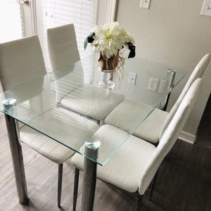 Glass Dining Table with Chairs for Sale in Orlando, FL
