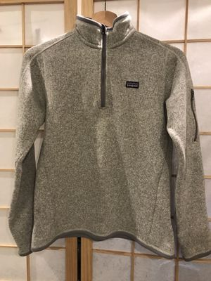 Patagonia Women's sweater size Small for Sale in Millbrae, CA