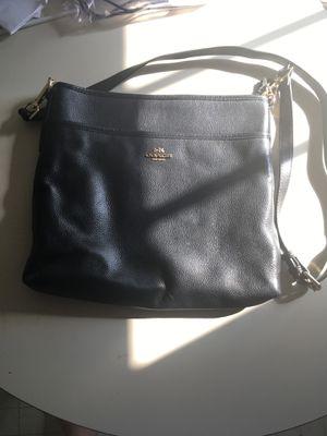Black leather coach crossbody purse for Sale in Virginia Beach, VA