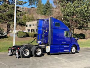 2013 Volvo vnl670 for Sale in Federal Way, WA