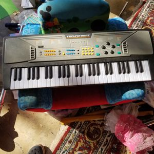 Kids Piano Keyboard for Sale in Los Gatos, CA