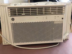 GE Window AC Air Conditioning Unit for Sale in Chicago, IL