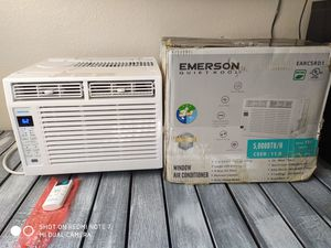 Emerson window AC unit 5,000 BTU for Sale in North Las Vegas, NV