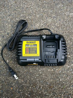 DeWalt 6 Amp Fast Charger for Sale in Tacoma, WA