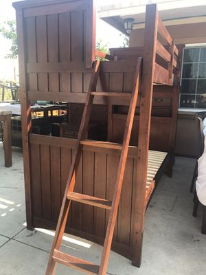Bunk bed bedroom set / twin bet room set for Sale in Riverside, CA