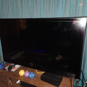 55 Inch Vizio 4k Smart TV for Sale in Kent, WA