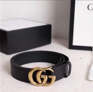 Gucci men/women belt black leather with box for Sale in Newport, TN
