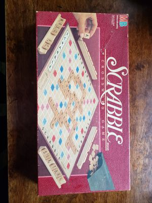 Vintage 1989 Scrabble Game, by Milton Bradley for Sale in Carpentersville, IL