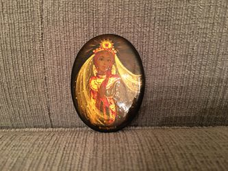 """Vintage Russian Fedoskino Hand Painted Signed Laquered Brooch. Measures: 2"""" tall 1 1/2"""" wide In excellent condition Feel free to message me with any for Sale in Houston,  TX"""