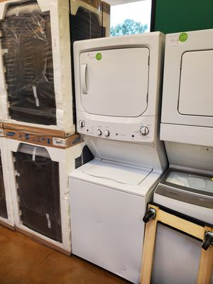 Frigidaire washer and electric dryer set for Sale in Arcadia, CA