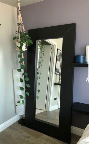 Vendo espejo de ikea for Sale in North Las Vegas, NV
