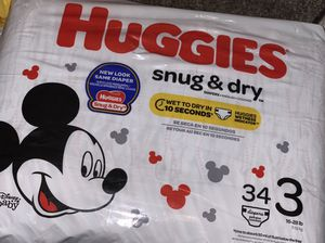 Huggies size 3 for Sale in Chicago, IL