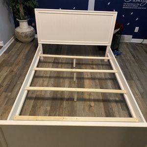 Full Size Bed Frame for Sale in North Olmsted, OH