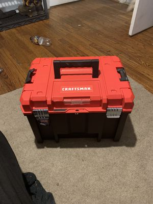 Craftsman middle stackable tool box & standardize bet set for Sale in Willow Spring, NC