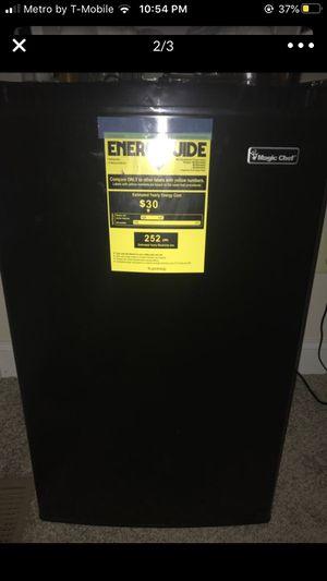 Mini fridge for Sale in Washington, DC