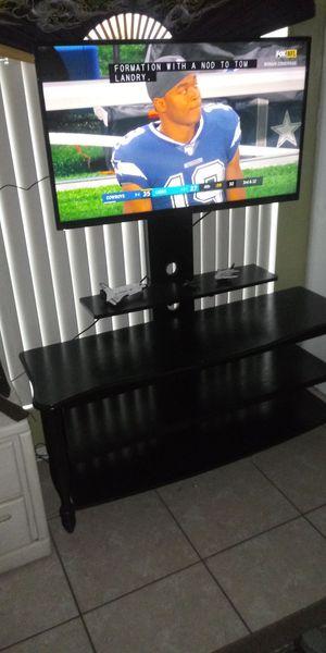 Smart TV Vizio 40 pulgadas and stand for Sale in Kissimmee, FL