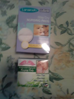 2 boxes nursing pads for Sale in Kennewick, WA