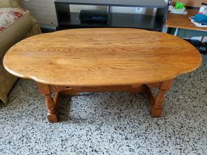 Oval Coffee Table for Sale in TEMPLE TERR, FL