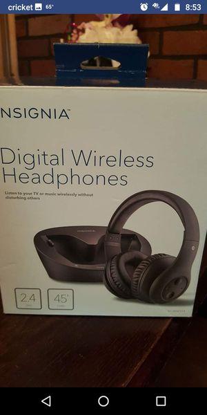 Digital wireless headphones nsignia for Sale in Longview, TX