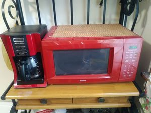 Microwave and coffee maker for Sale in Cleveland, OH