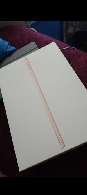 Ipad 7th generation 128GB for Sale in Alexandria, VA