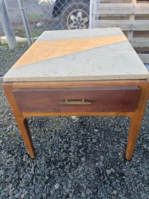 End table for Sale in Bremerton, WA