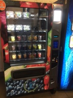 Alpine 5000 Elevator Refrigerated Vending Machine (Holds 60)