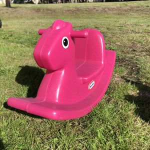 Little tikes pink rocking horse toy for Sale in Tacoma, WA