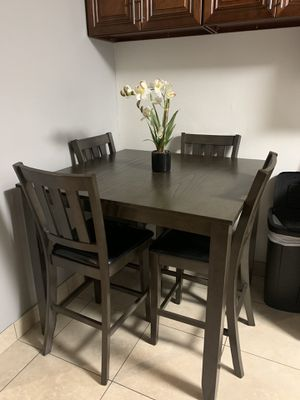 Dinning table ! for Sale in Santa Ana, CA