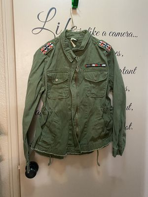 Miami Jacket with Native American adornments Med for Sale in Cheyenne, WY