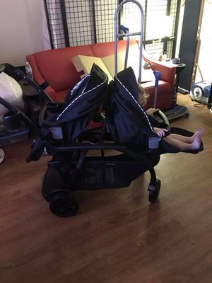 Graco modes duo stroller graco car seat for Sale in Wheat Ridge, CO