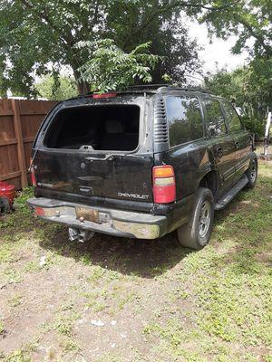 Chevy tahoe 2001 for Sale in San Antonio, TX
