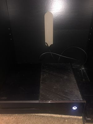 Xbox One w controller still works perfectly fine, and Kinect for Sale in Corona, CA