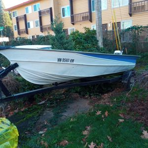1977 Valco 14 Ft V Hull Aluminum Boat Flash With Six Horsepower Outboard Self-contained Motor for Sale in Maywood Park, OR