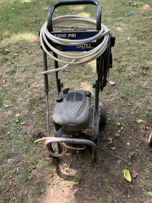 2300PSI pressure washer for Sale in Pittsburgh, PA