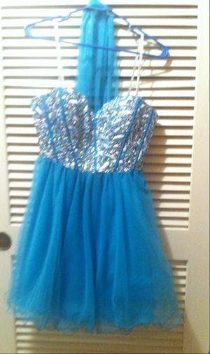 Prom Girl Medium Dress for Sale in Gresham, OR