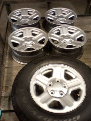 Jeep wheels and tire. for Sale in Rockvale, TN