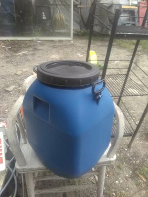 Small drum for Sale in Tampa, FL