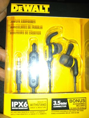 Beans New Dewalt Earbuds With Amazing Bass for Low Price for Sale in San Diego, CA